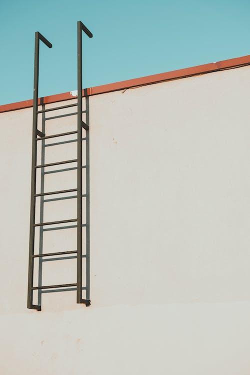 Základová fotografie zdarma na téma čisté nebe, kov, modrá
