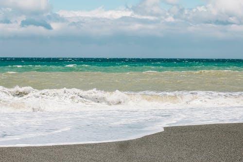 Ingyenes stockfotó hullámok, integet, strand, tengerpart témában