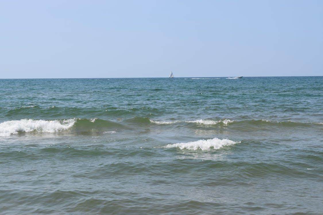 帆船, 快艇, 招手