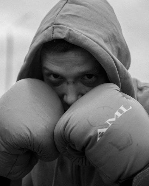 Δωρεάν στοκ φωτογραφιών με άνδρας, ασπρόμαυρο, γάντια του μποξ