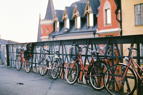 Immagine gratuita di architettura, bicyle, centro storico