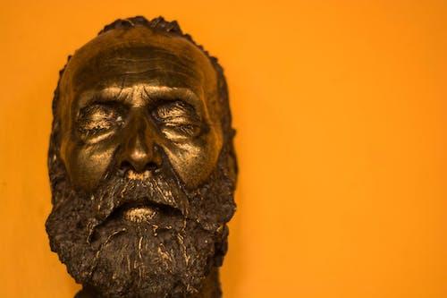 Kostenloses Stock Foto zu menschen, orange, porträt, skulptur