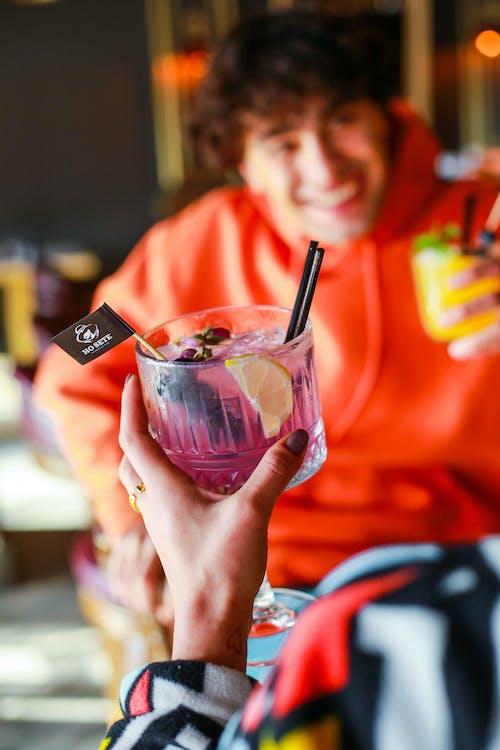 Kostenloses Stock Foto zu alkohol, bar, cocktail