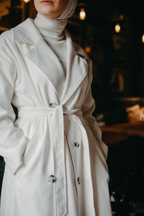 Kostenloses Stock Foto zu fashion, frau, gürtel