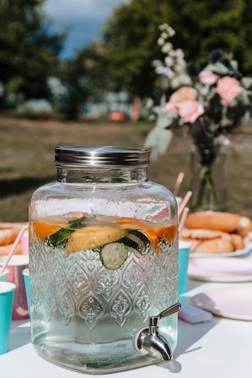 Ingyenes stockfotó asztal, befőttes üveg, buli témában