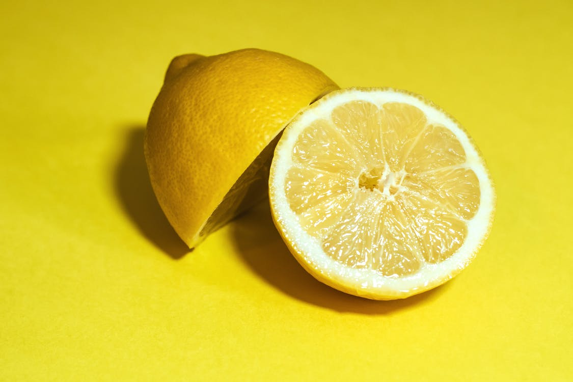 Close-Up Photography of Sliced Lemon