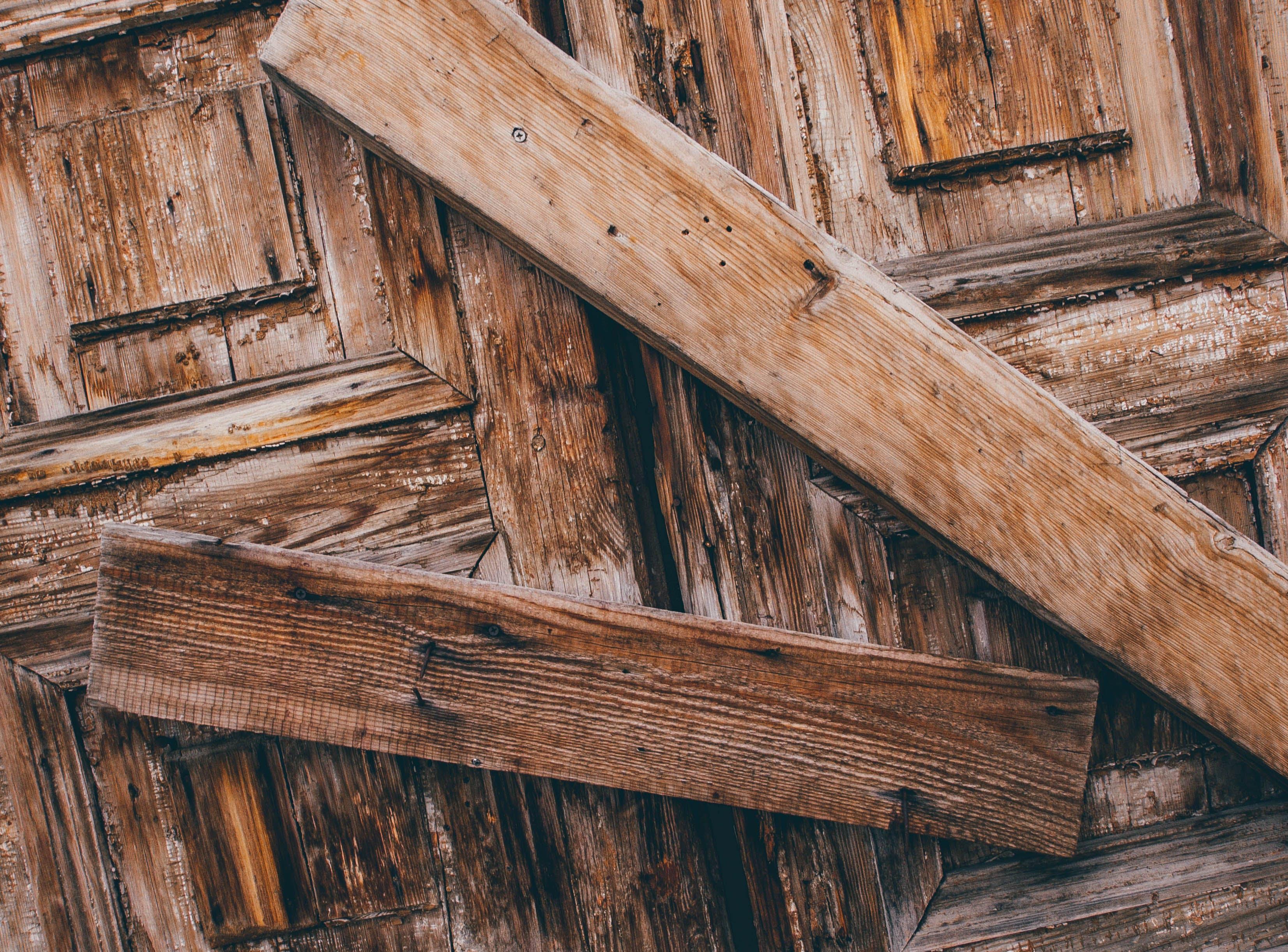 Základová fotografie zdarma na téma architektura, dřevěný, dřevo, dveře
