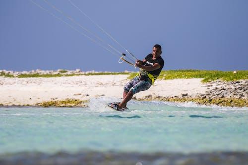 Безкоштовне стокове фото на тему «splashng, відпустки, дозвілля»