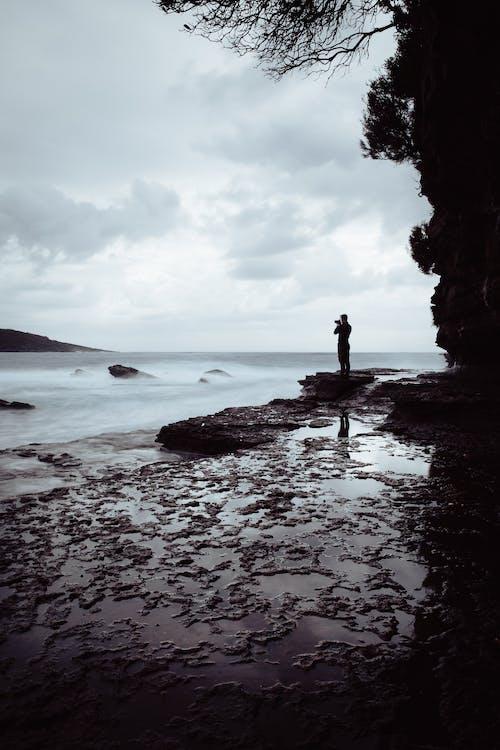 akşam, deniz, deniz manzarası, gün batımı içeren Ücretsiz stok fotoğraf