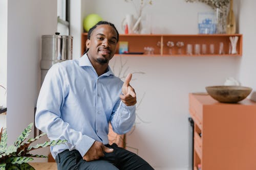 Kostenloses Stock Foto zu conversa sobre gestos, fingersprache, gesten