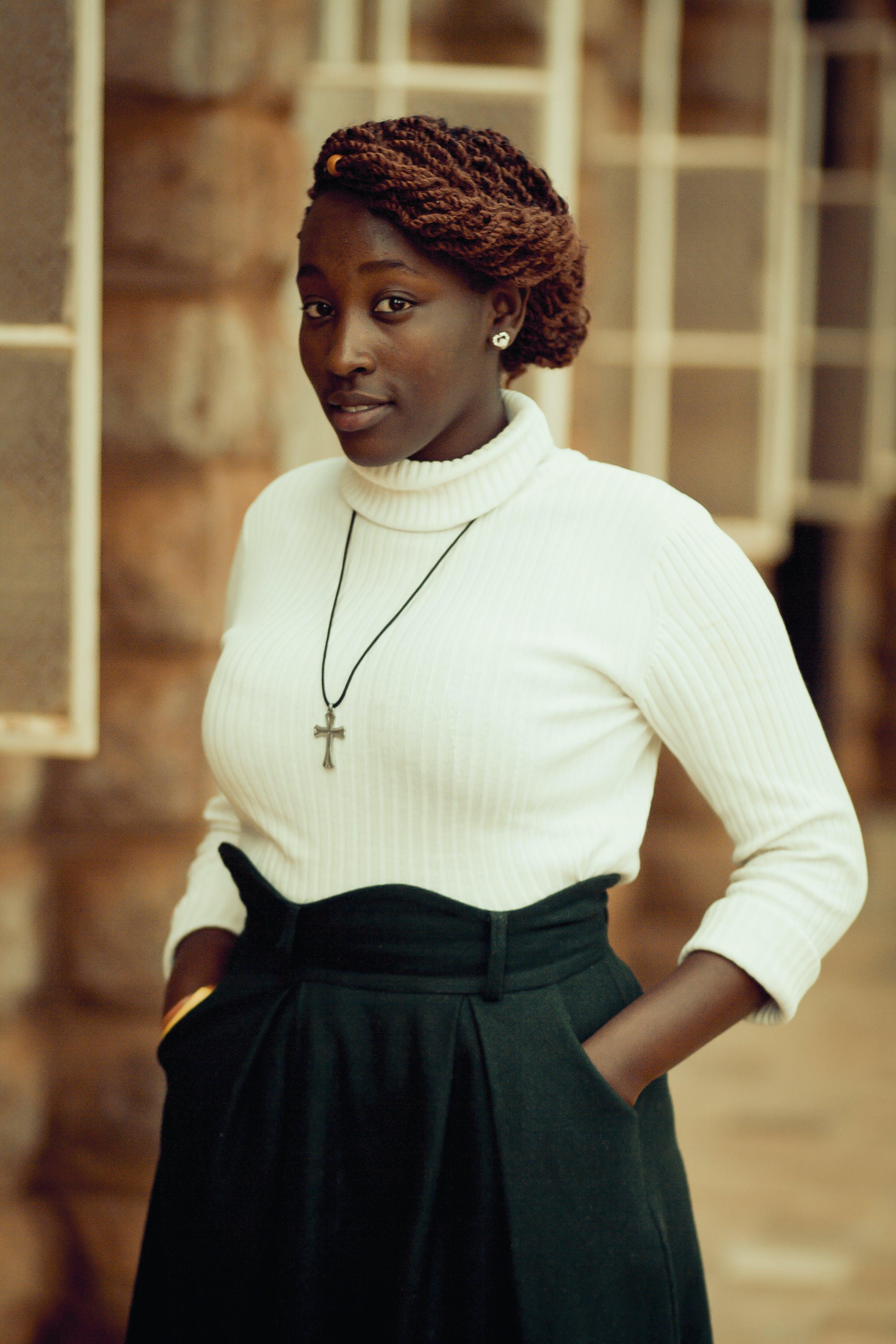 Ingyenes stockfotó afro-amerikai nő, arckifejezés, beltéri, divat témában
