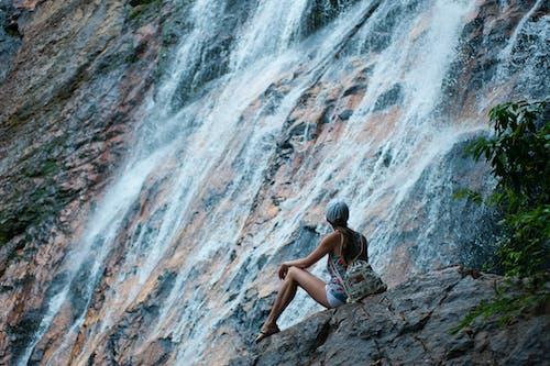 Základová fotografie zdarma na téma dobrodružství, holka, osoba, voda