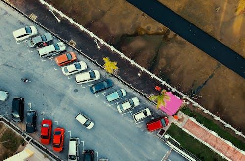交通系統, 人行道, 停, 停車場 的 免費圖庫相片