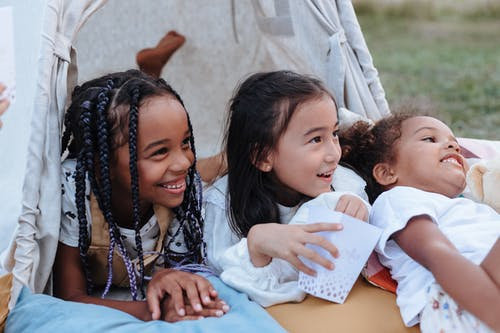 Безкоштовне стокове фото на тему «дитинство, діти, ляскання»