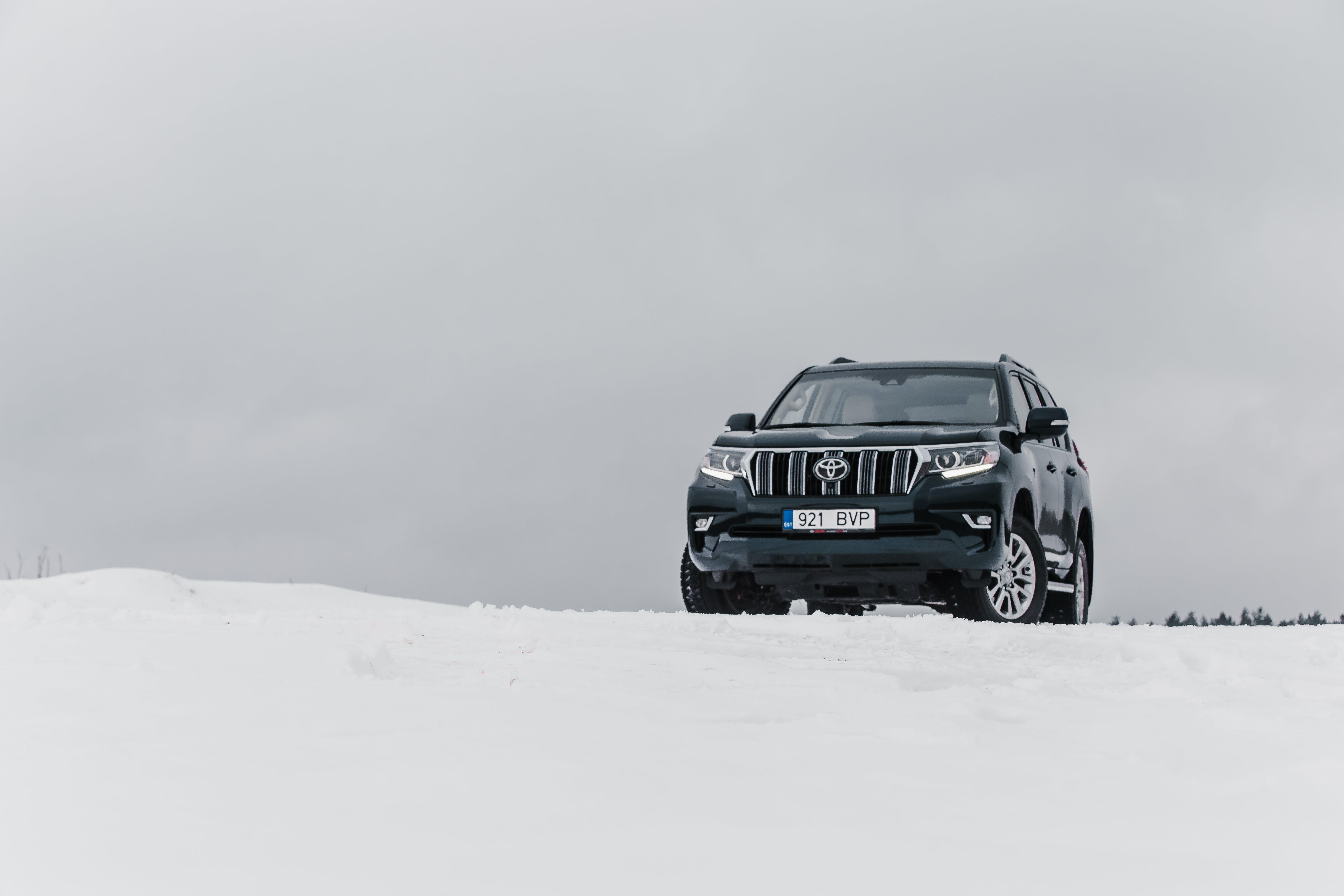 Free stock photo of winter, mountain, SUV, toyota