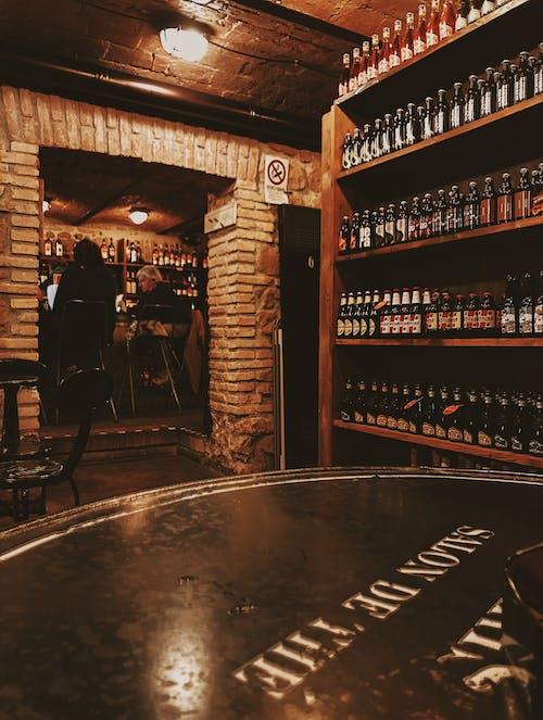 คลังภาพถ่ายฟรี ของ การออกแบบตกแต่งภายใน, ขวด, ขวดไวน์, ขายปลีก