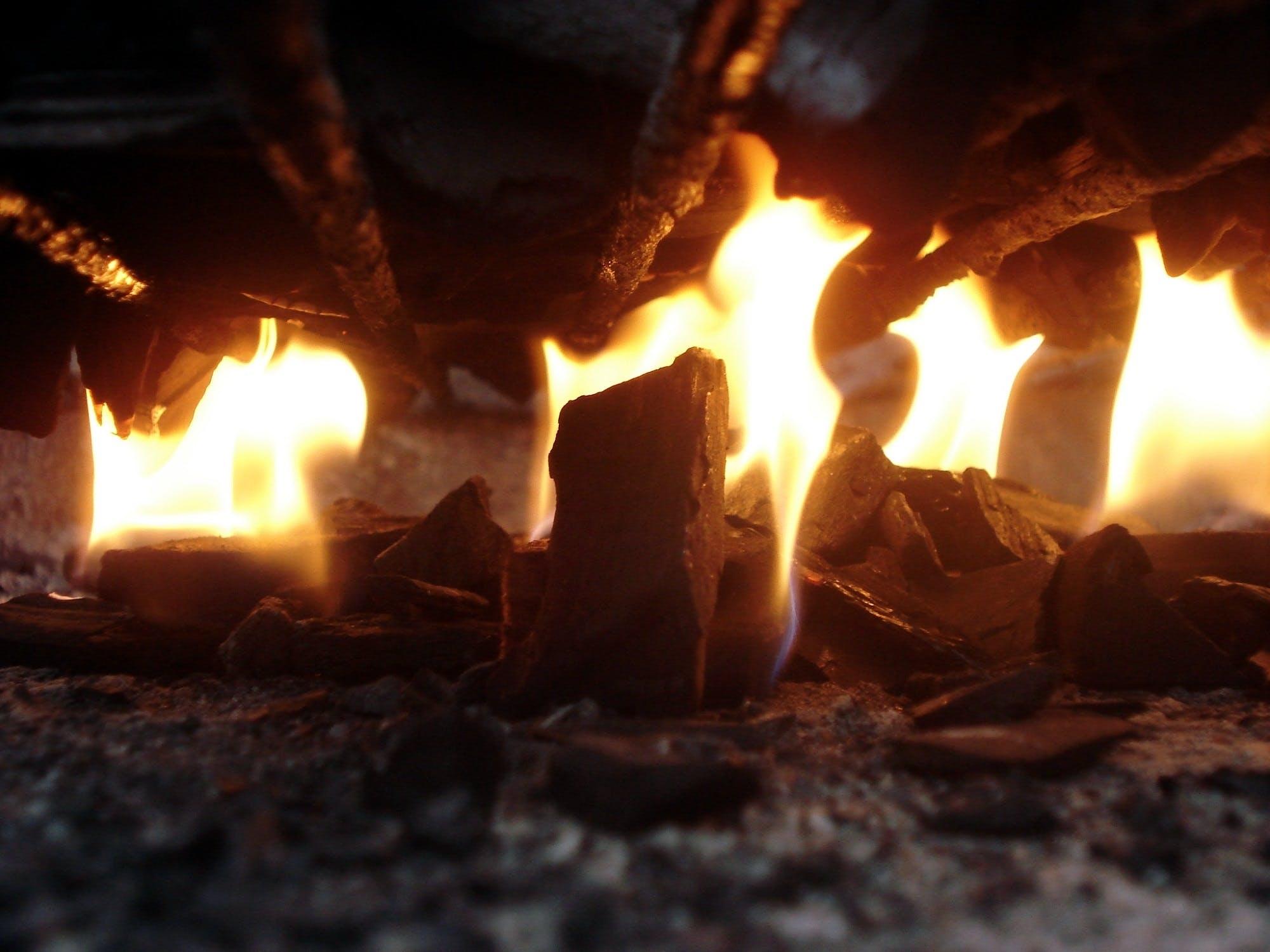 Foto profissional grátis de ardente, calor, chama, cinza-escuro