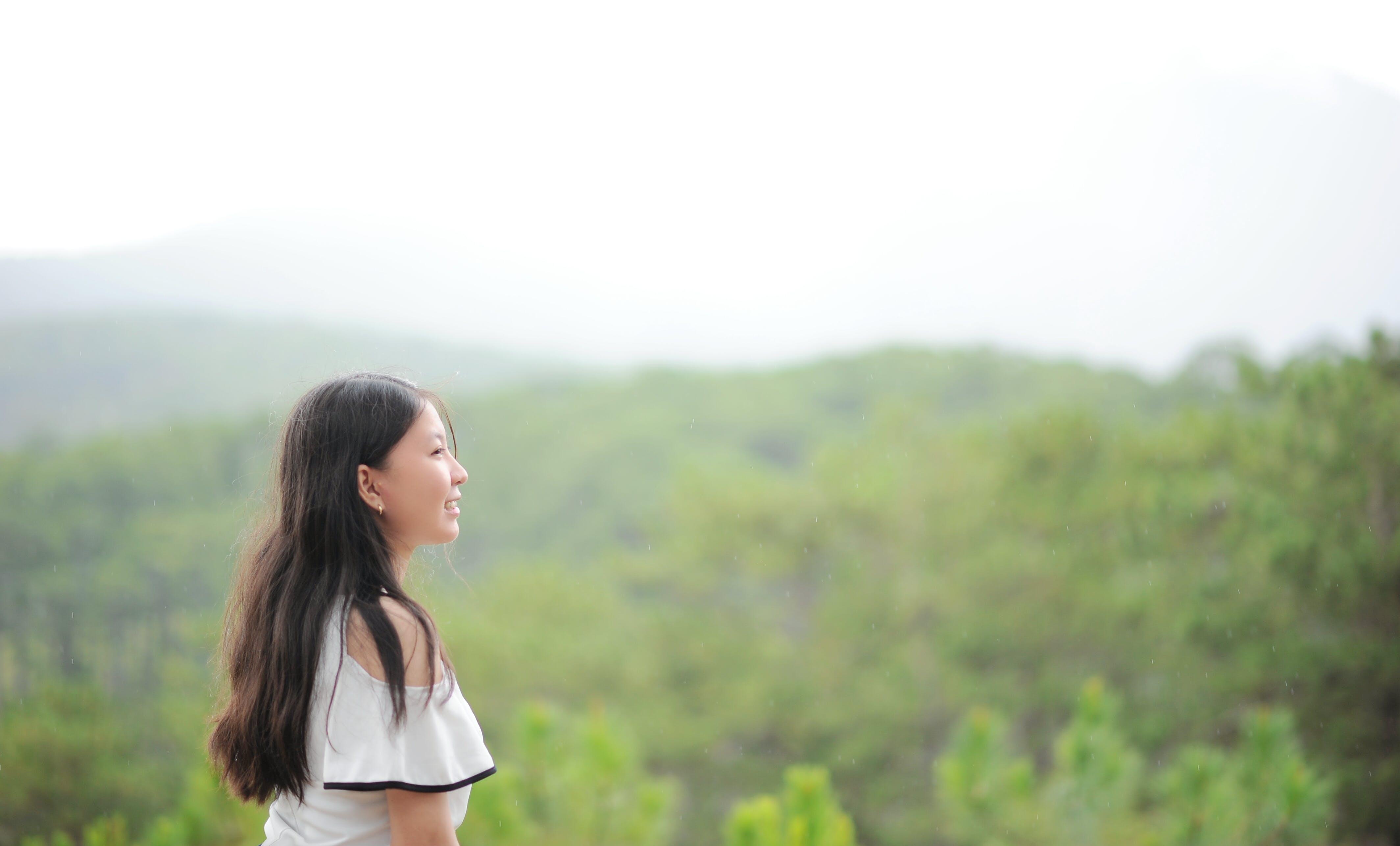 Ingyenes stockfotó boldogság, borongós, erdő, fák témában