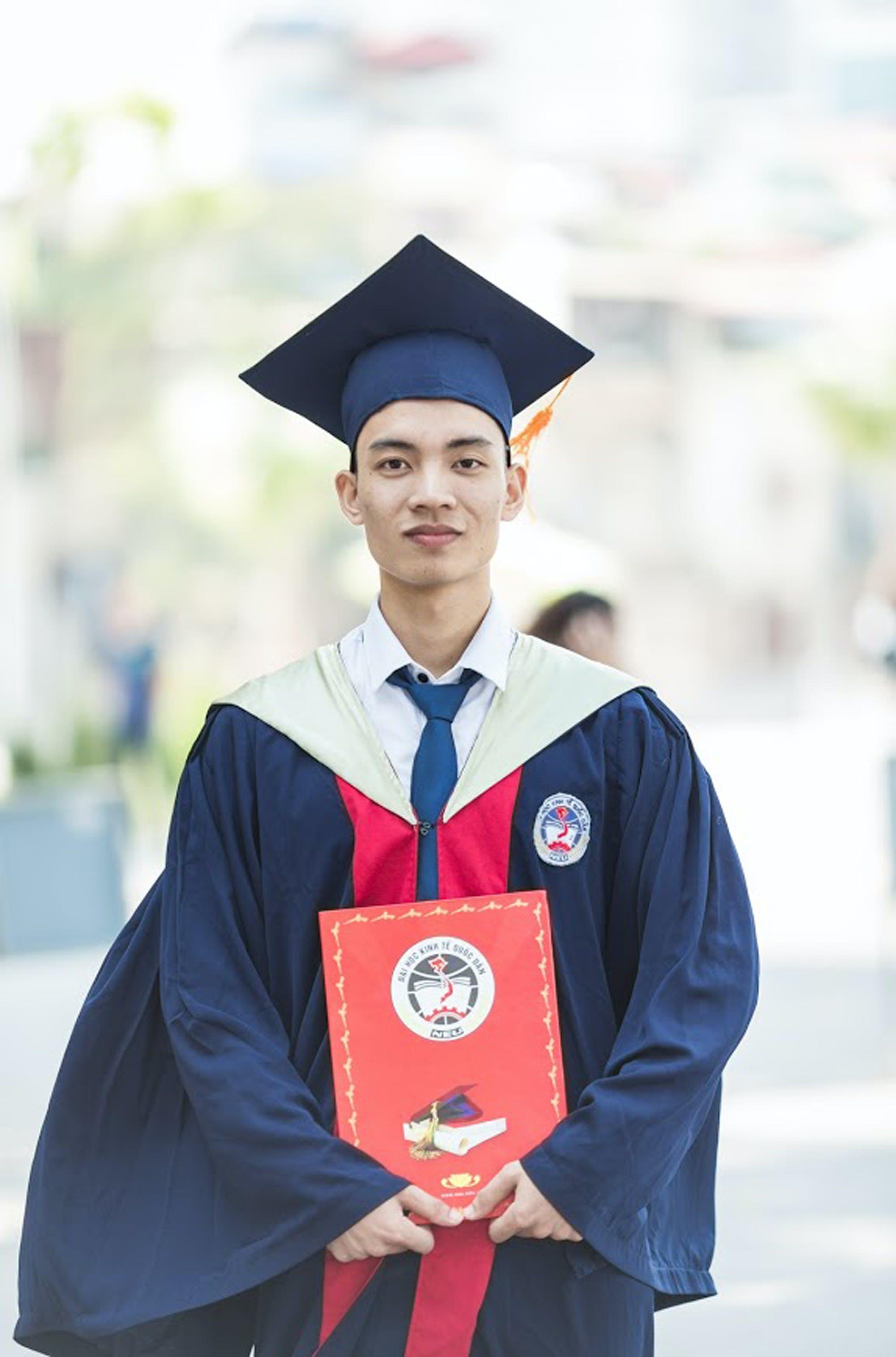 Kostenloses Stock Foto zu absolvent, ausbildung, diplom, erfolg
