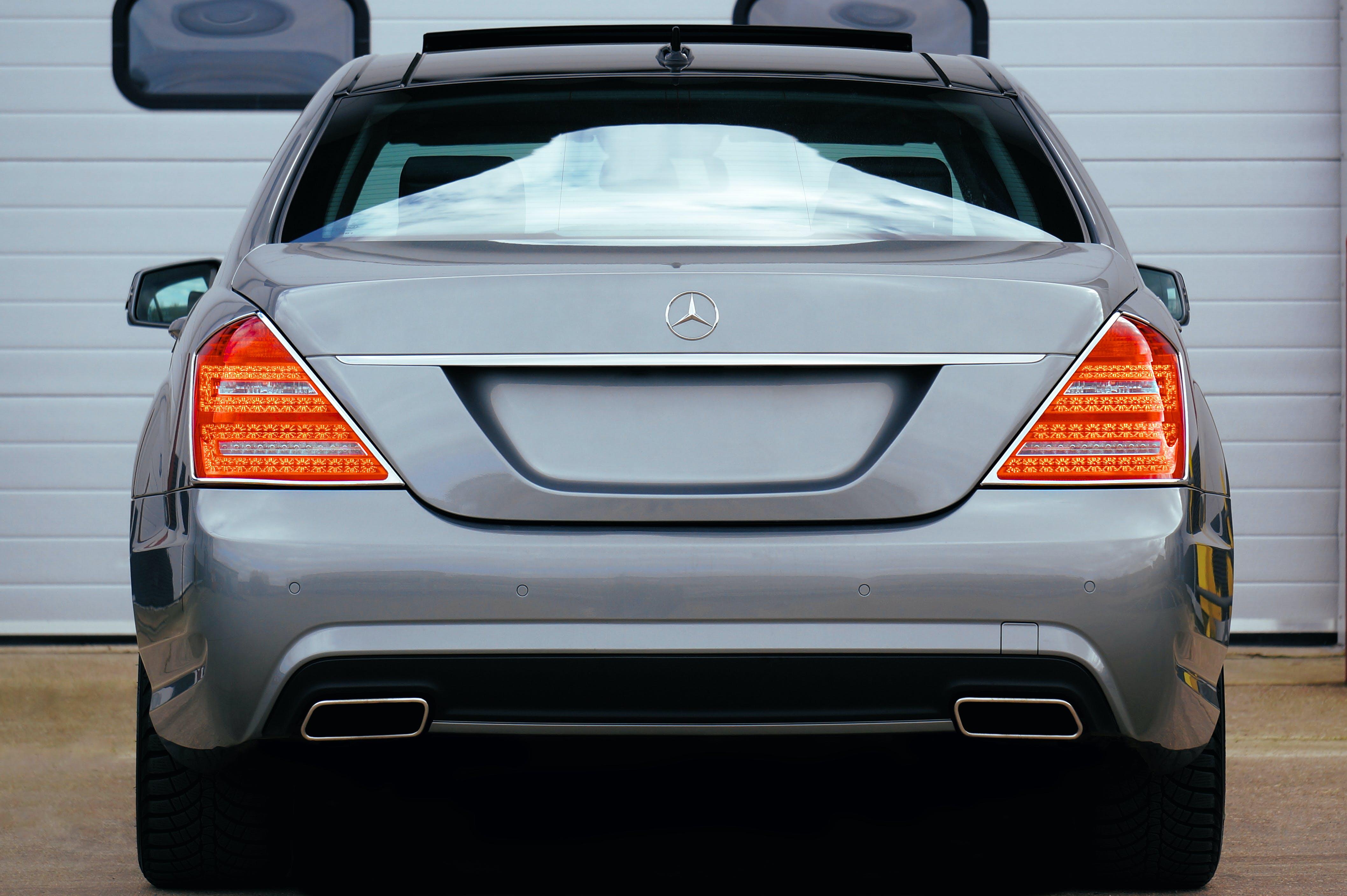 Gray Mercedes-benz Suv