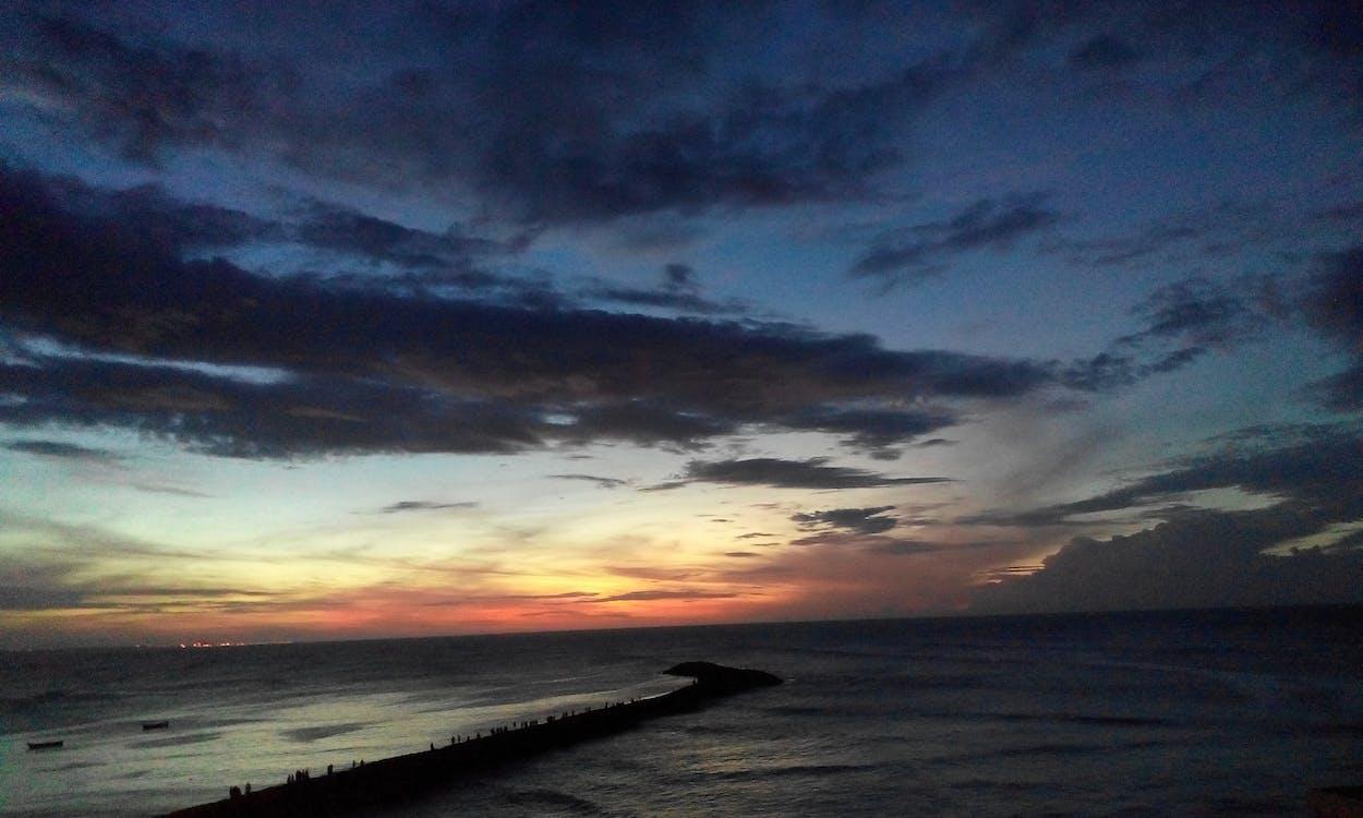 amanecer, océano indio