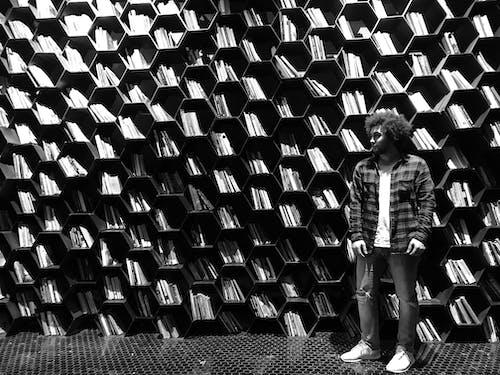 Foto profissional grátis de #desafioaoarlivre, #desafiodemobilidade, desgaste, estantes