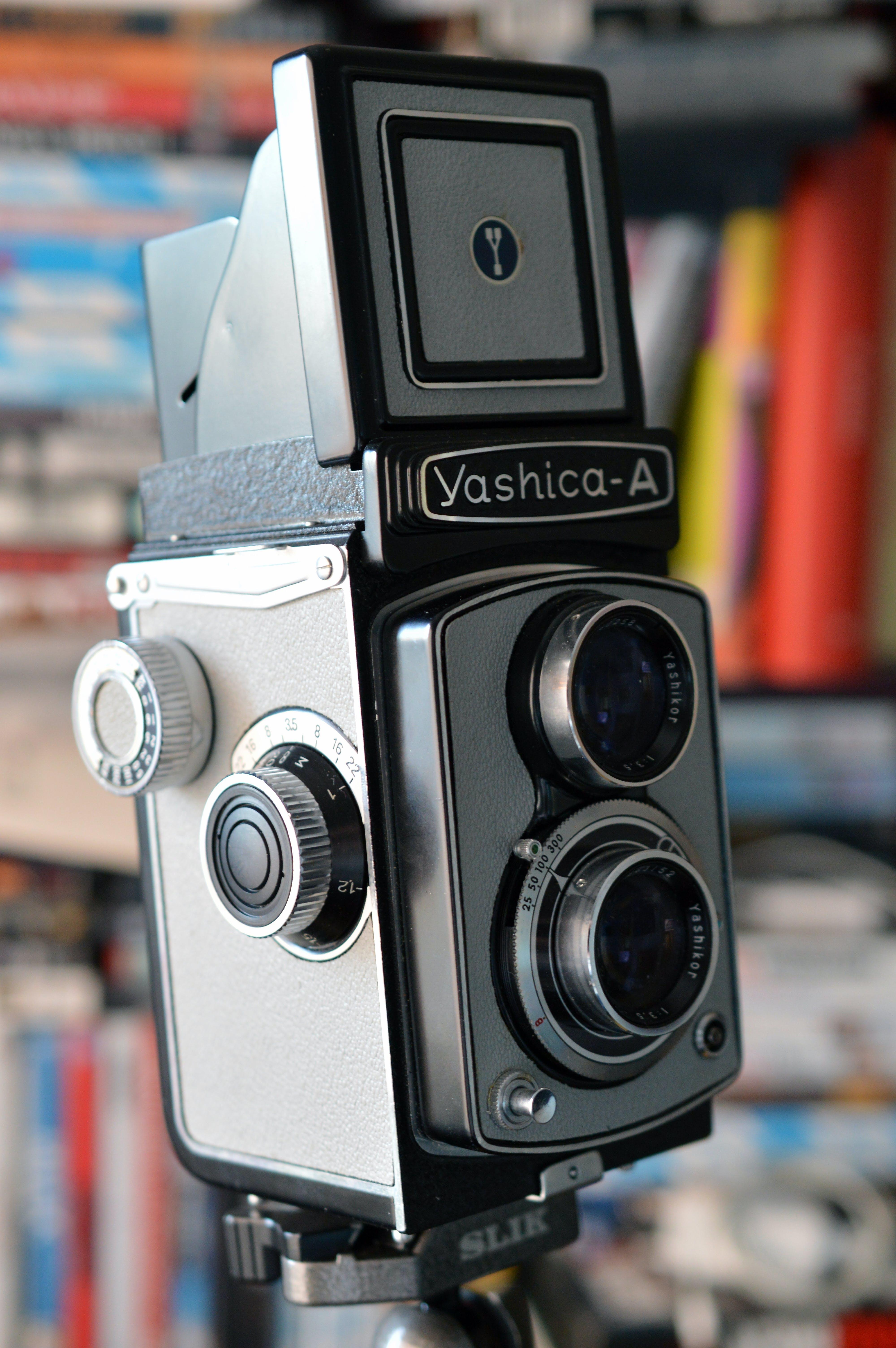 Kostenloses Stock Foto zu analogkamera, elektrik, kamera, klassisch