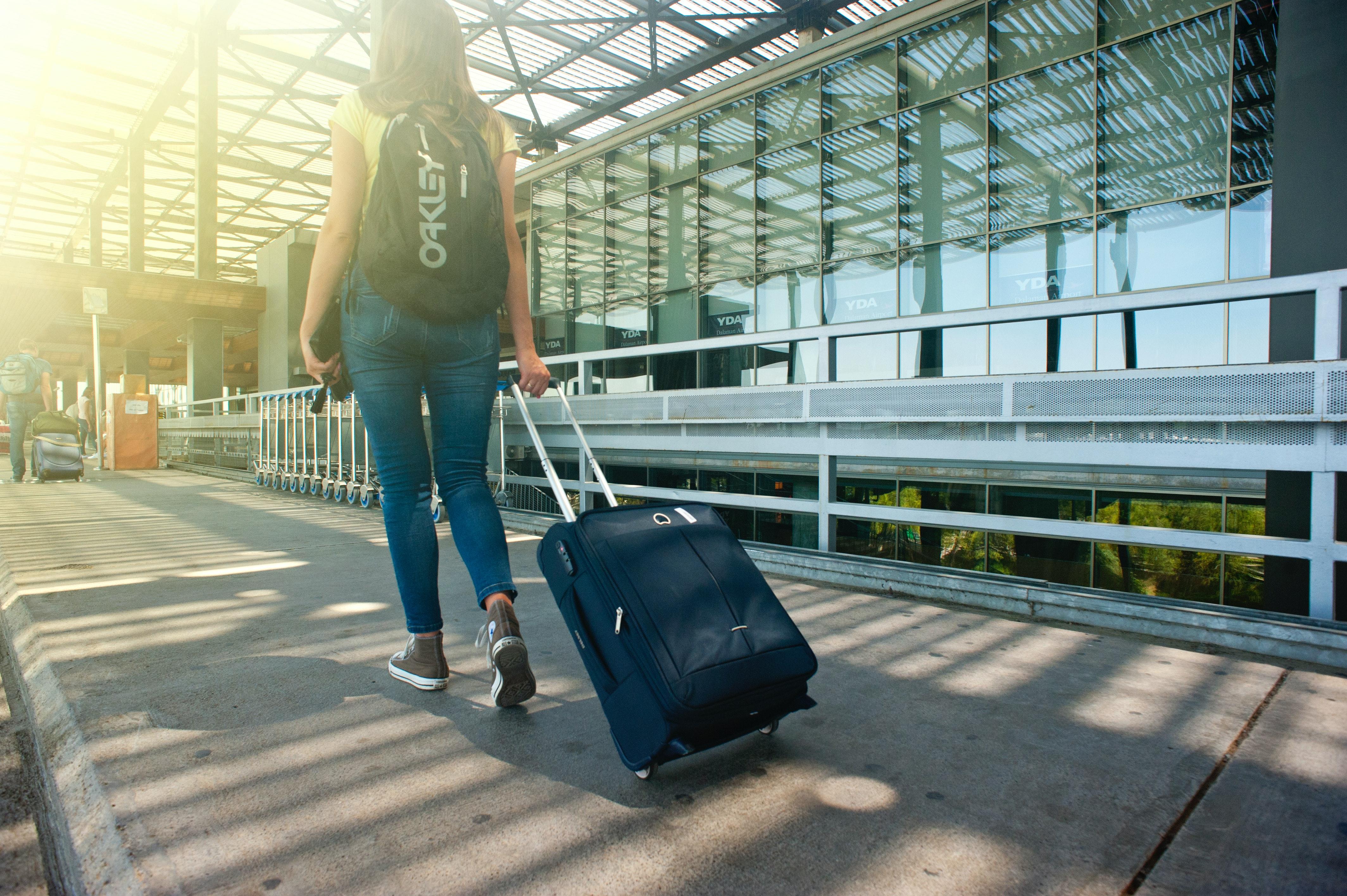 4泊5日の旅行に必要な荷物10個・男女別|荷物を減らすコツ