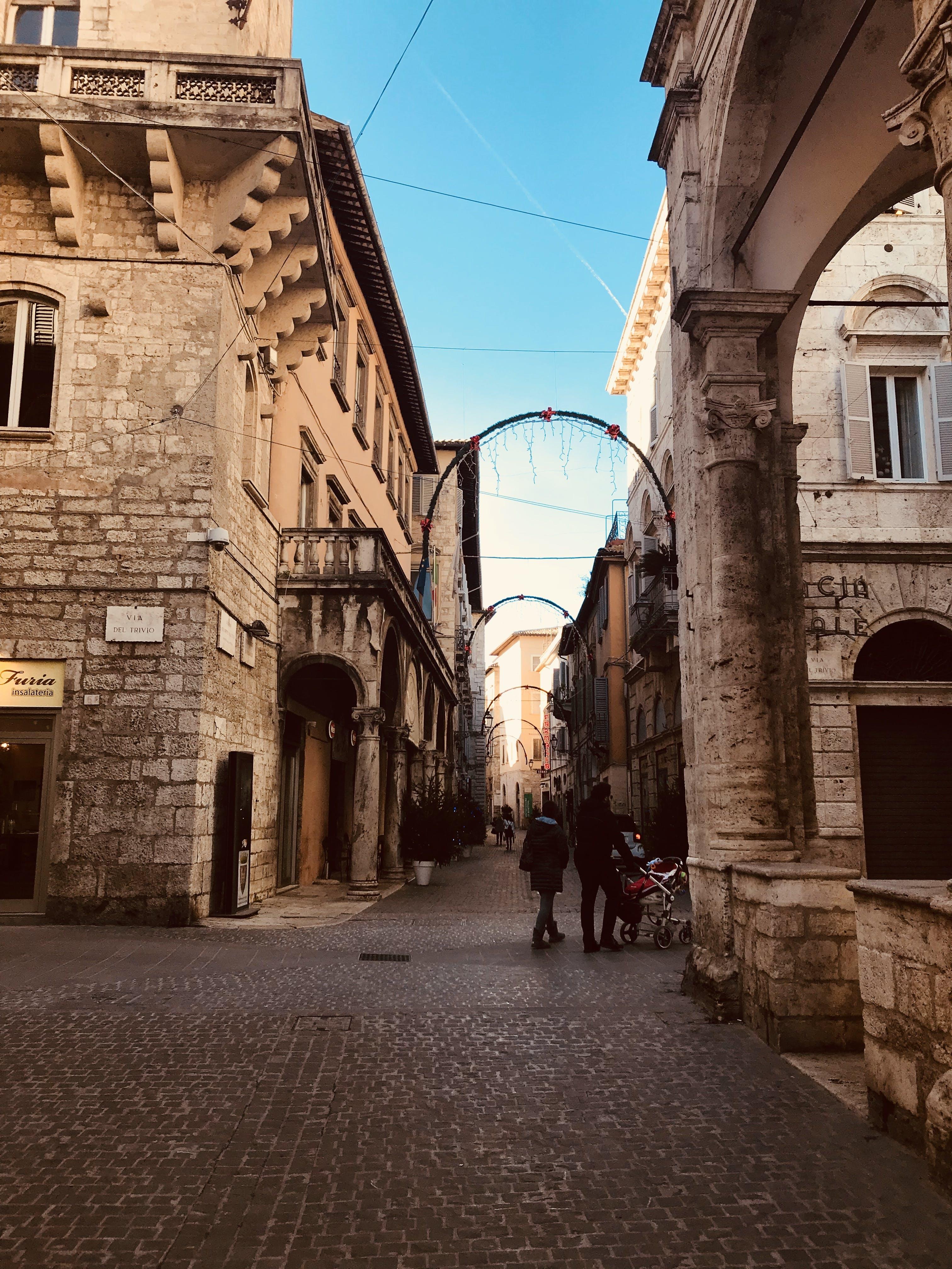 Безкоштовне стокове фото на тему «Італія, архітектура, брущатий камінь, Будівля»