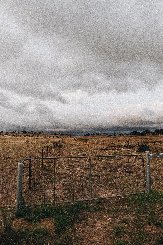 喜怒無常, 嚴肅, 國家, 多雲的 的 免費圖庫相片