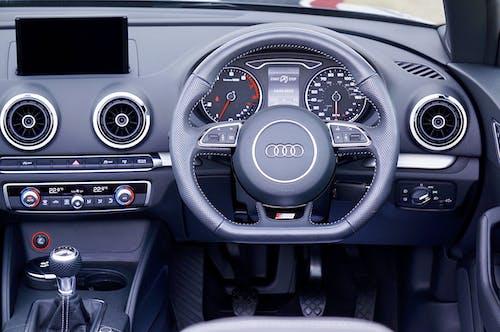 Безкоштовне стокове фото на тему «Audi, автомобіль, внутрішній, двигун»