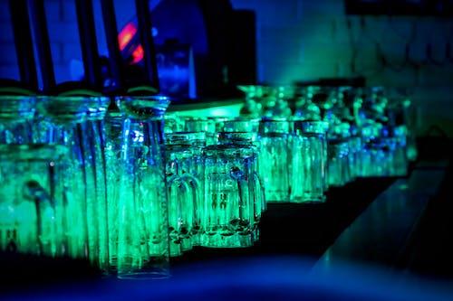 Gratis stockfoto met balk, belicht, drinkglazen, nachtlampen
