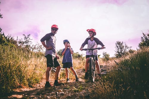 Foto stok gratis anak laki-laki, bersepeda, bmx, bocah laki-laki