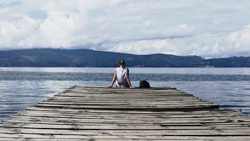 Základová fotografie zdarma na téma HD tapeta, hory, krajina, mraky