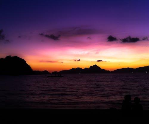 Gratis arkivbilde med farger, sillouettes, solnedgang, sommer