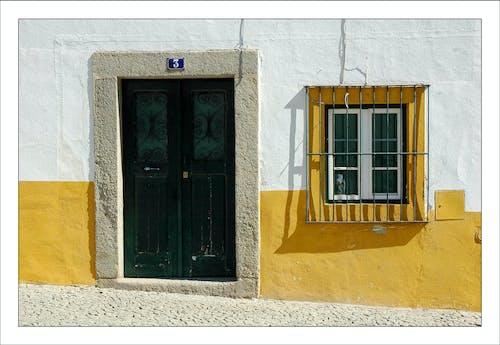 Безкоштовне стокове фото на тему «alentejo, білий, Вулиця, двері»