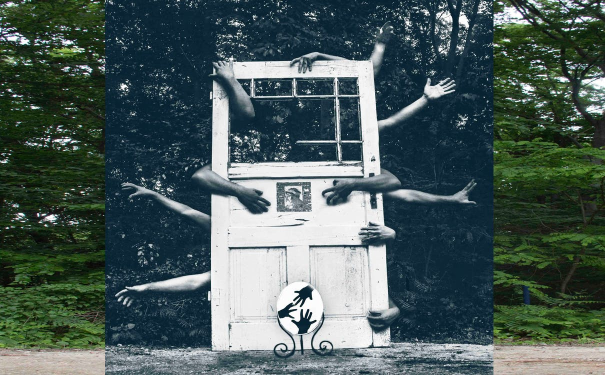 Gratis arkivbilde med dører, hender, speil