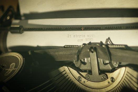 Free stock photo of vintage, old, classic, typewriter