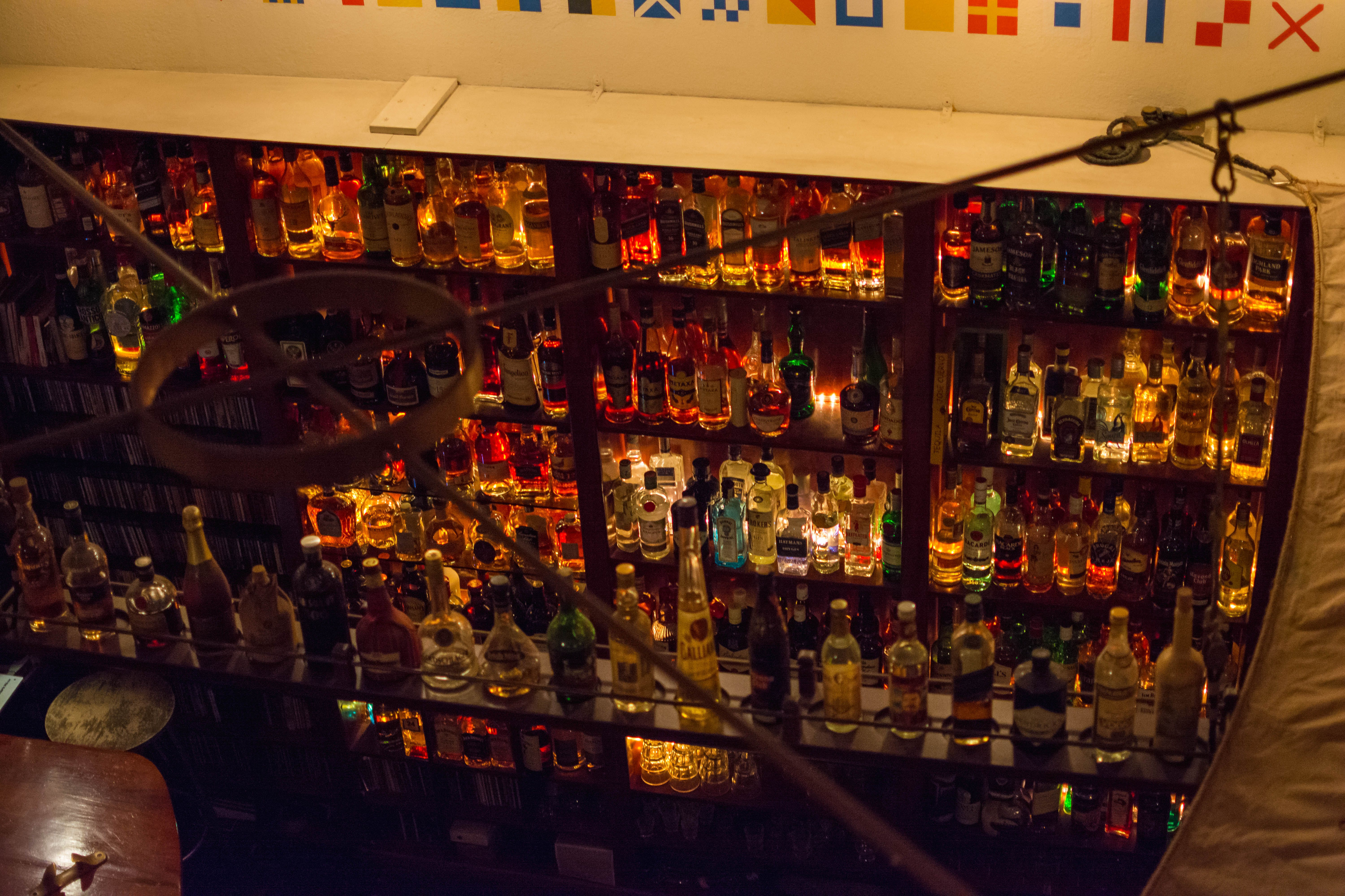 Free stock photo of bar, bar cafe, drink, old school