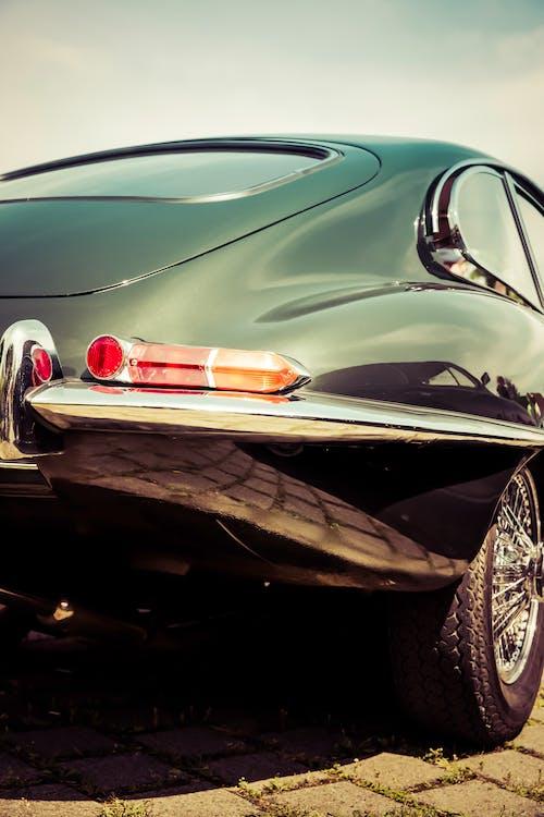 Fotos de stock gratuitas de automóvil, brillante, clásico, coche