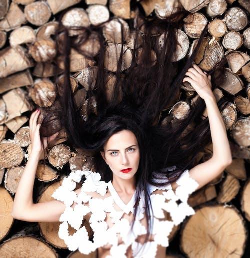 Kostenloses Stock Foto zu brünette, dunkel, erwachsener, fashion
