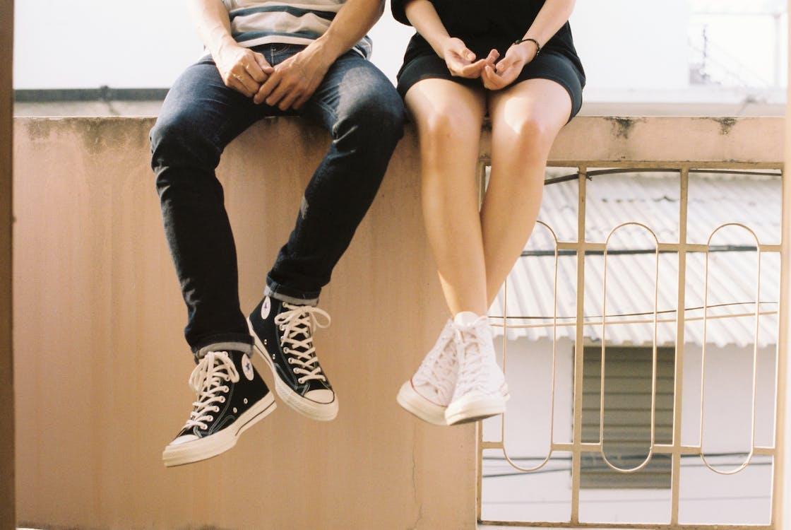 adolescente, amore, calzature