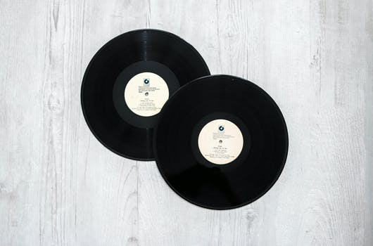 black record vinyl free stock photo