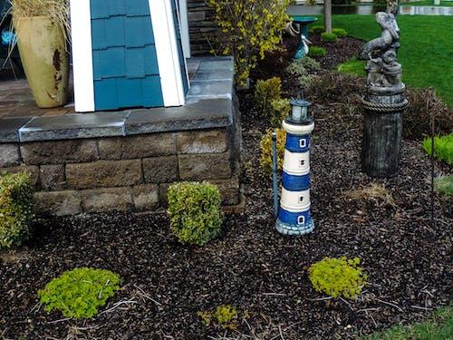 Ingyenes stockfotó fa, fű, kék fény ház, kert témában