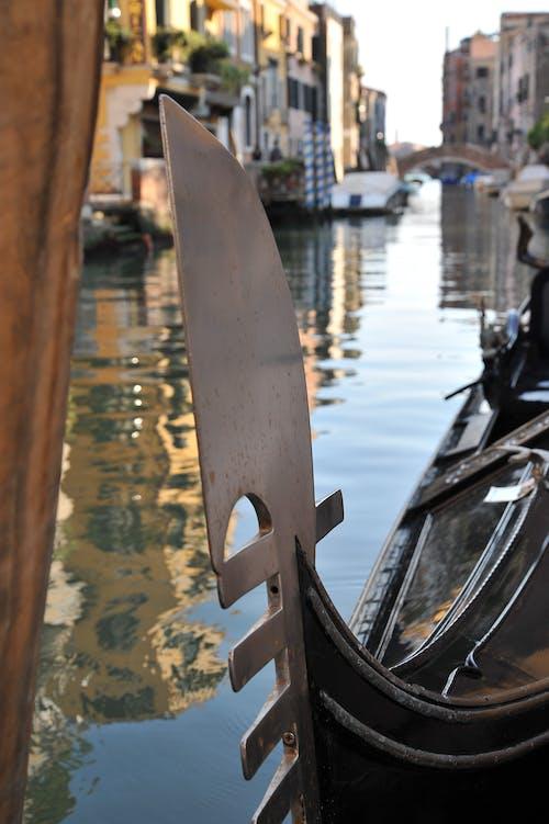 Fotos de stock gratuitas de agua, arquitectura, barcos, canal