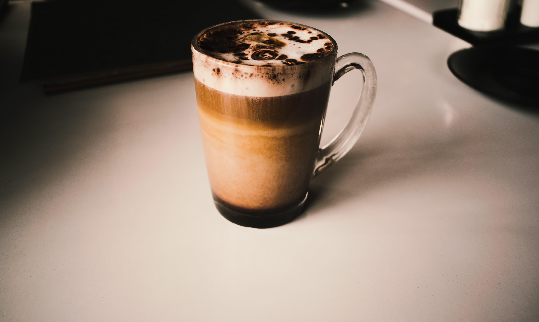 Fotos de stock gratuitas de amanecer, atractivo, beber, blanco