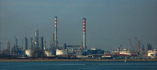 Безкоштовне стокове фото на тему «димохід, економіка, забруднення, промисловість»