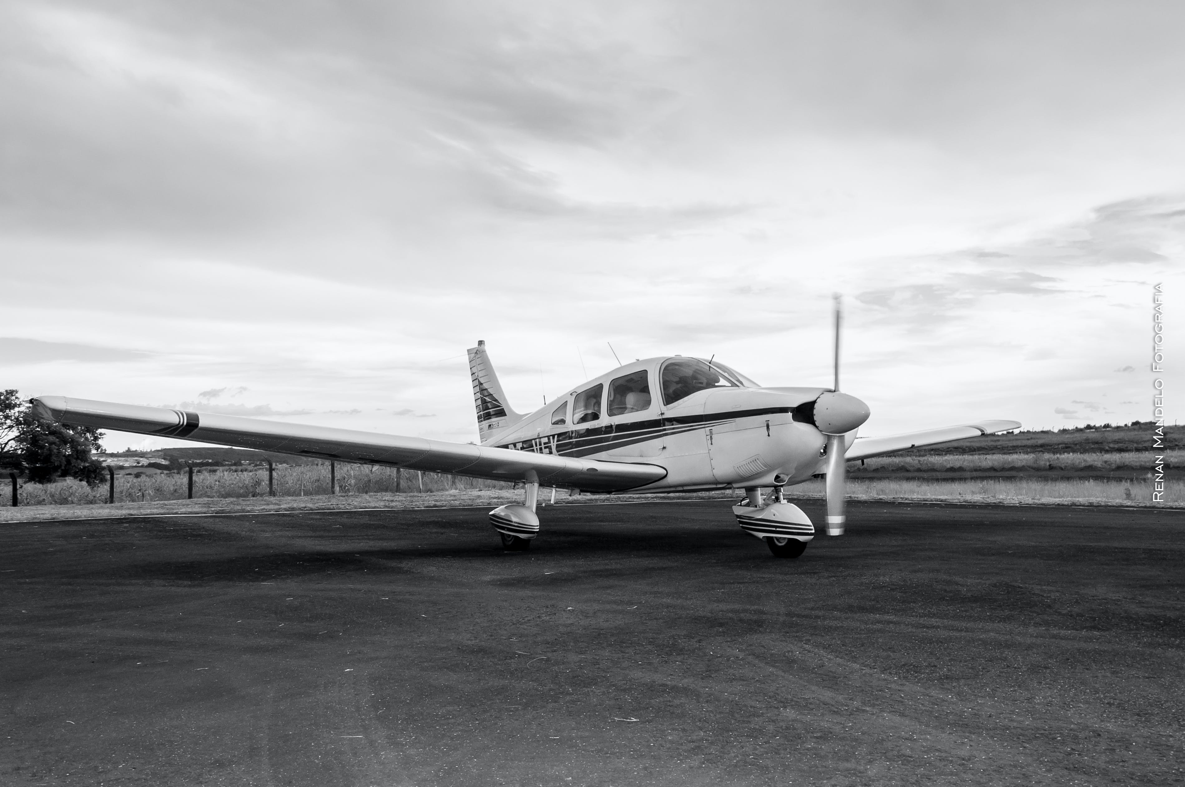 Free stock photo of aircraft, airplane, black and white