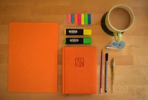 Kostenloses Stock Foto zu arbeit, bullet zeitschrift, kaffeetasse, marketing