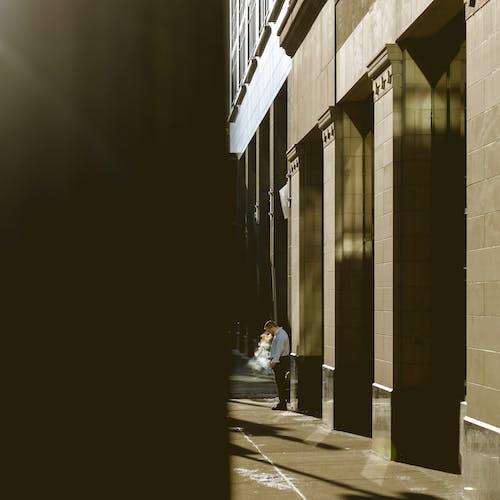 Základová fotografie zdarma na téma architektura, budovy, chodba, dlažba